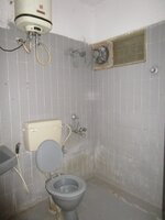 15J1U00465: Bathroom 3