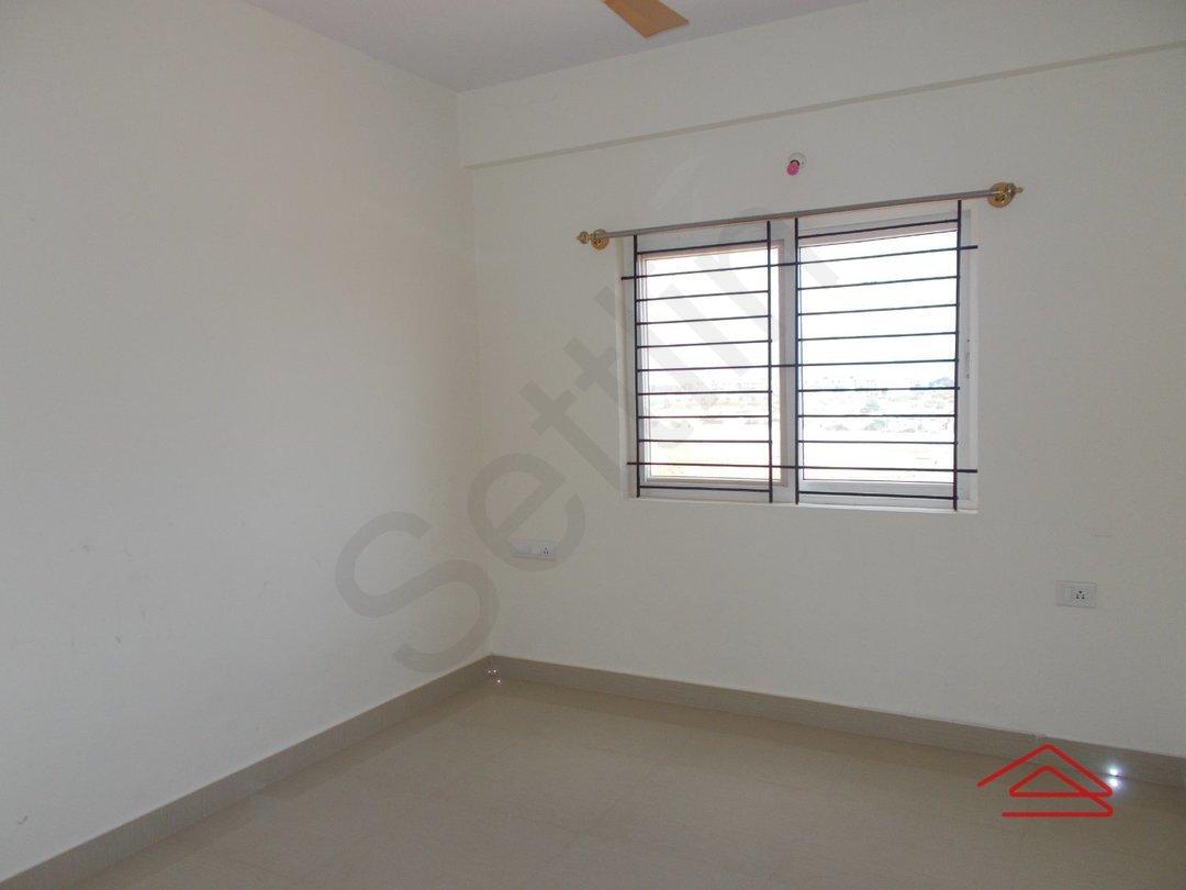 14J1U00182: Bedroom 1