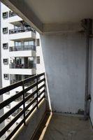 13J1U00275: Balcony 2