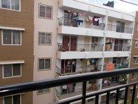 13J7U00410: Balcony 1
