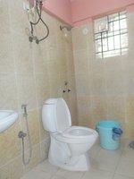 13J7U00410: Bathroom 1