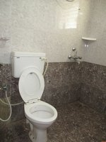 14M5U00001: Bathroom 1