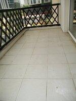 15A4U00165: Balcony 5