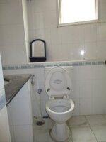 15A4U00165: Bathroom 2