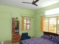 12M3U00064: Bedroom 2
