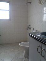 12J7U00177: Bathroom 3