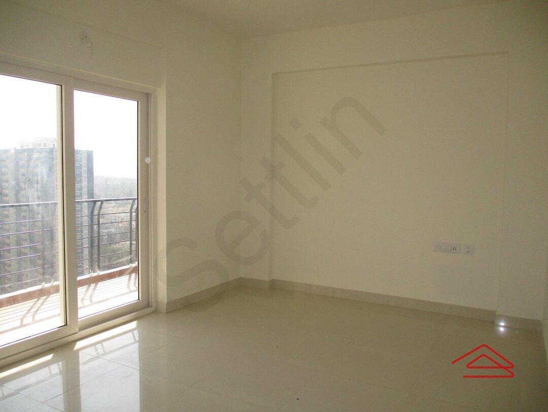 15J1U00358: Bedroom 1