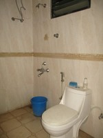 10M3U00024: Bathroom 1