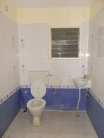 13A4U00145: Bathroom 2