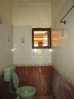 14S9U00385: bathrooms 1