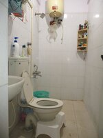 15M3U00203: Bathroom 2