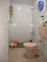 15M3U00203: Bathroom 1