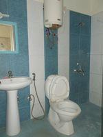 13F2U00607: Bathroom 2