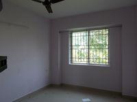 13F2U00607: Bedroom 2