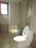 15A4U00387: bathroom 4