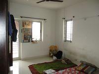 12J6U00162: Bedroom 2