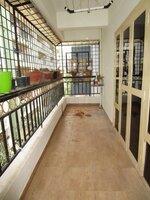 15A4U00132: Balcony 1