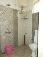 14M3U00001: Bathroom 2