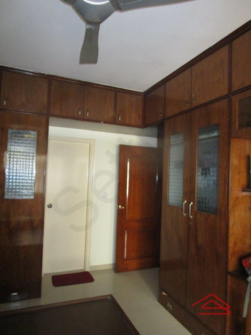 13J7U00136: Bedroom 1