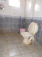 13A8U00215: Bathroom 2