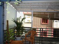 14DCU00331: balconies 1