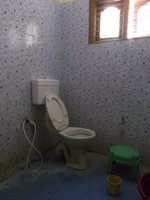 14A4U00103: bathroom 1