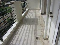 13A8U00286: Balcony 1