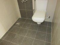 13A8U00286: Bathroom 1