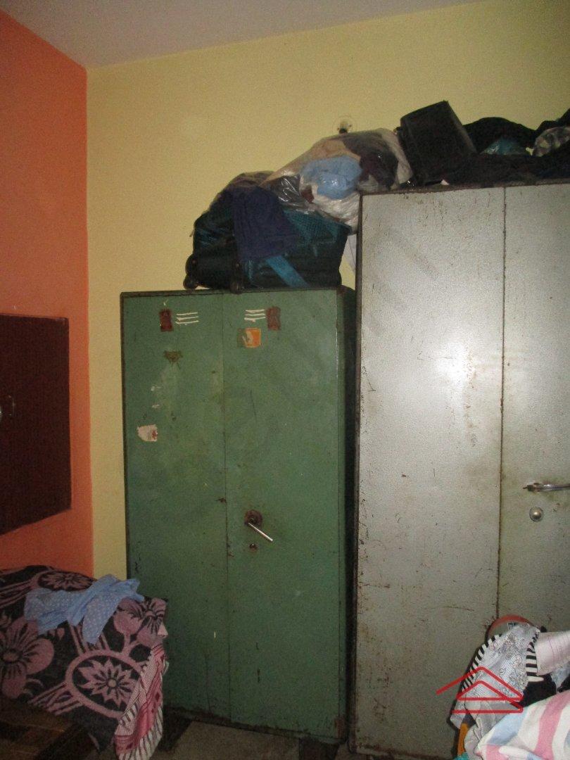 14M3U00330: bedrooms 1