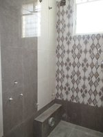 14F2U00407: Bathroom 2