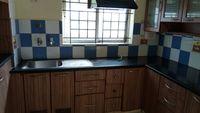 12J7U00232: Kitchen 1