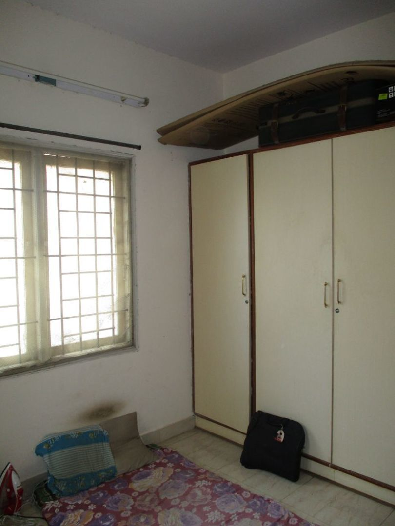 10A4U00047: Bedroom 1