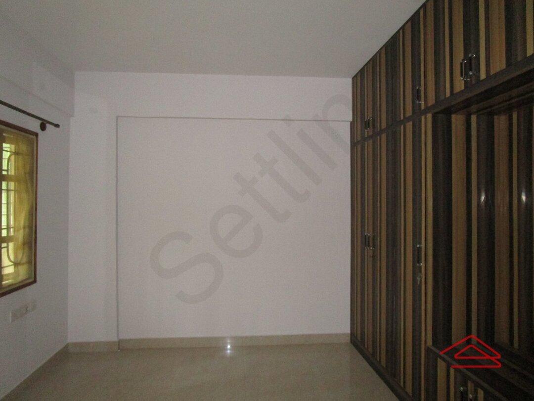 15F2U00110: Bedroom 1