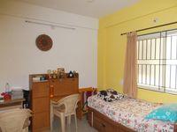12J1U00215: Bedroom 2