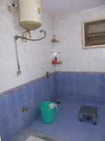 12J7U00113: Bathroom 2