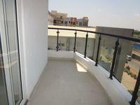 13A4U00328: Balcony 3