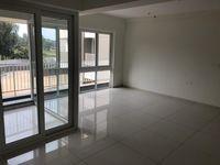 12NBU00059: Balcony 2