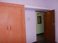 12M3U00184: Bedroom 2