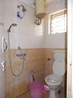 11OAU00178: Bathroom 1