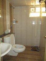 15S9U00300: Bathroom 2