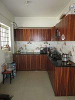 13J6U00310: Kitchen 1