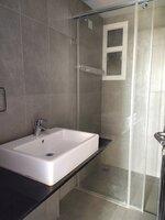 14NBU00070: Bathroom 3