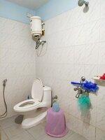 14DCU00174: Bathroom 1