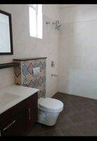 15S9U01213: Bathroom 1