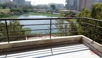 11F2U00053: Balcony 1