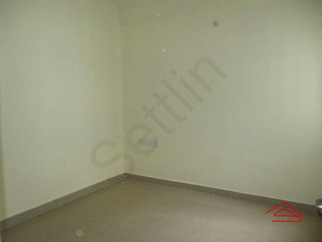 15S9U01021: Bedroom 1