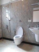 14J6U00008: Bathroom 1