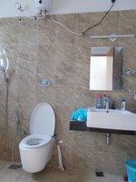 14J6U00008: Bathroom 3