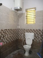 15F2U00160: Bathroom 1