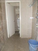 13M3U00104: Bathroom 2